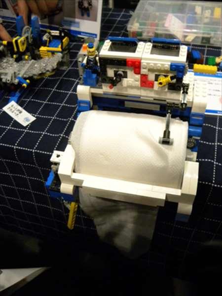 メイカーズフェア2012にて自作ロボット