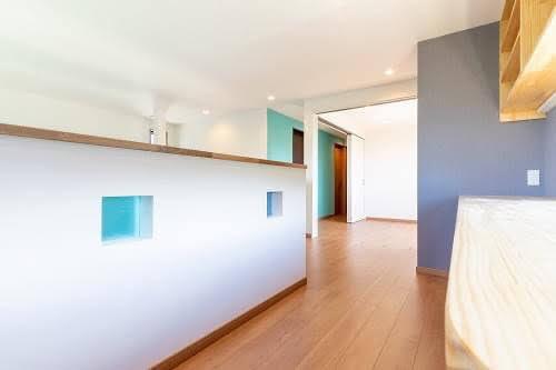 住宅新築リフォーム向け半透明のオリジナル室内窓