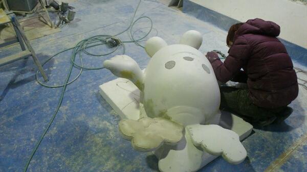 FRPキャラクター造形磨き作業